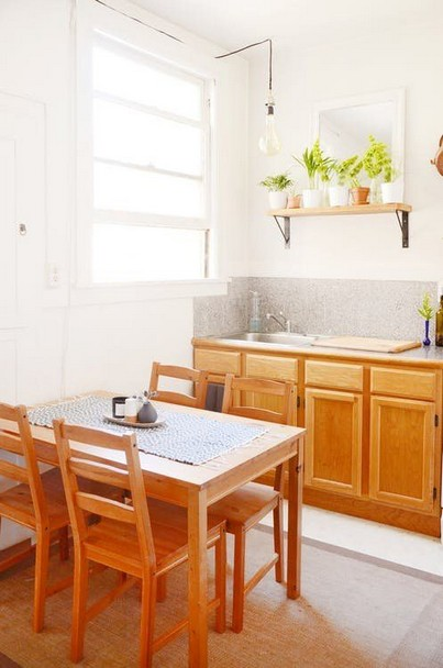 15 Embrace Your Small Kitchen With These Decorating Ideas 08