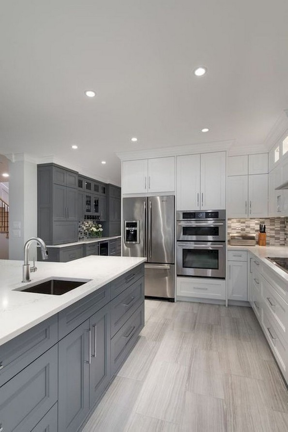 16 Romantic And Welcoming Grey Kitchens For Your Home 11
