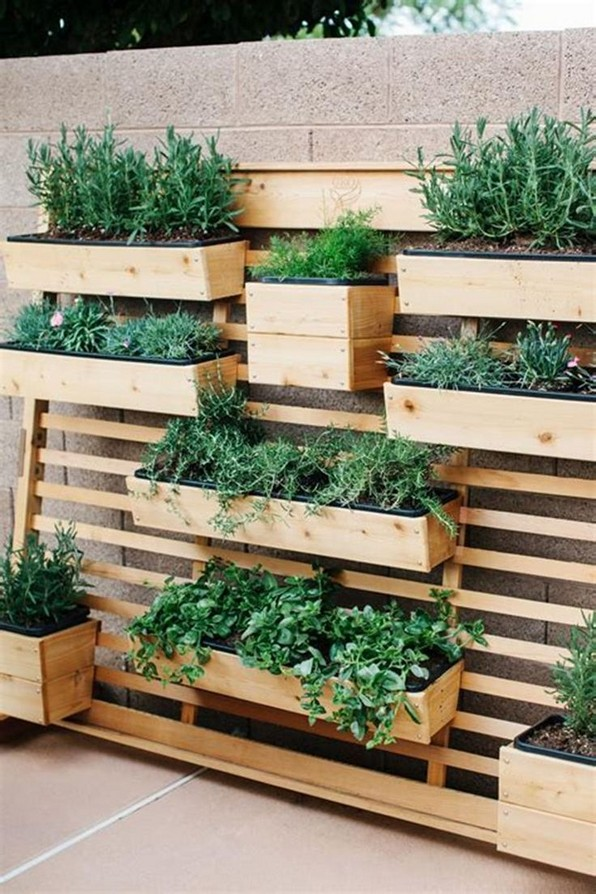 19 Best DIY Vegetable Garden Ideas 21