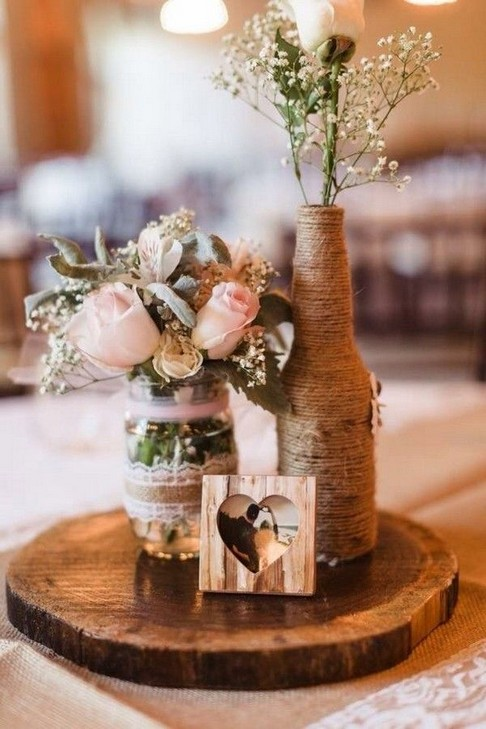 30 Charming Rustic Centerpieces That Will Fill Up Your Tables 06